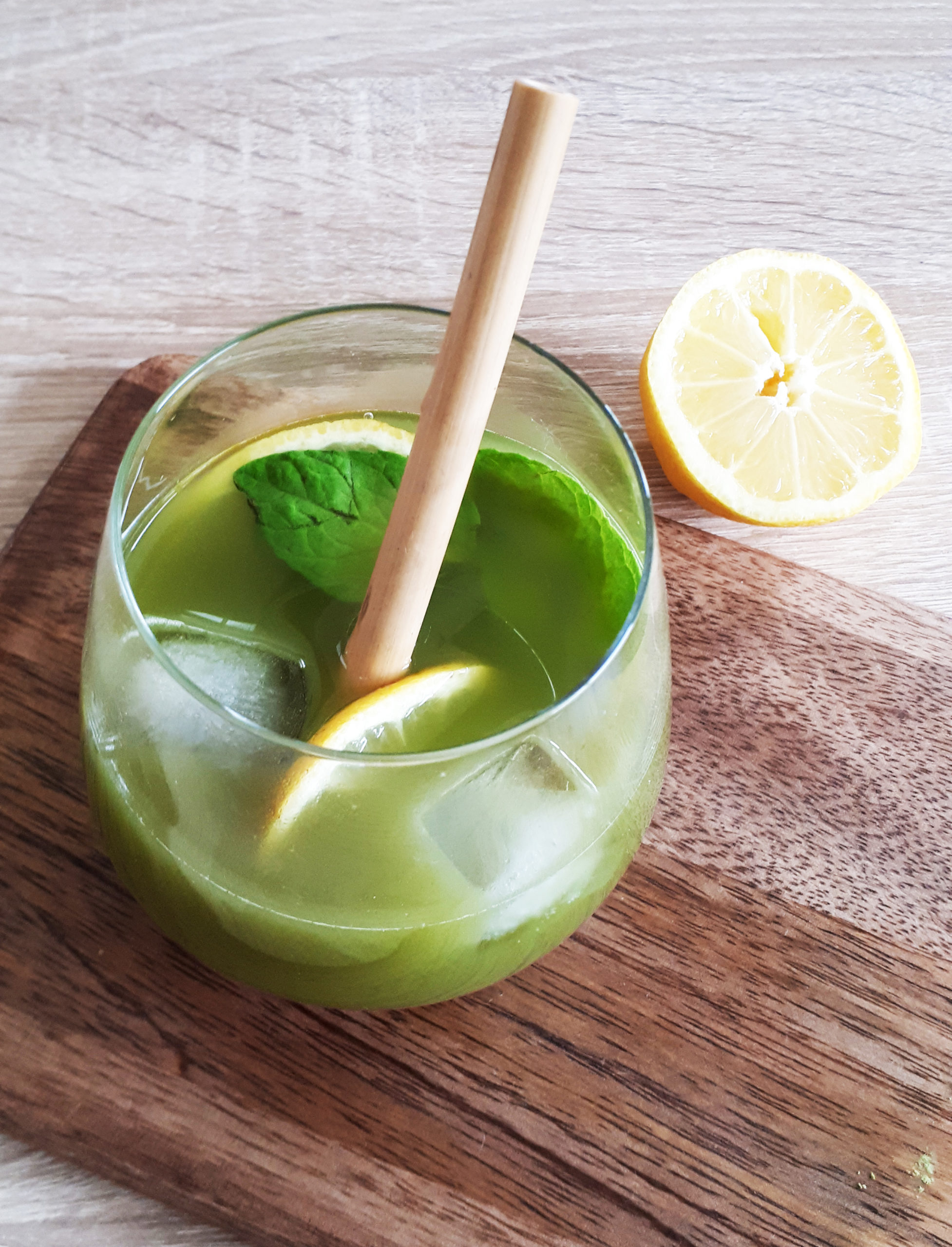 Cocktail Moga Cha x citron